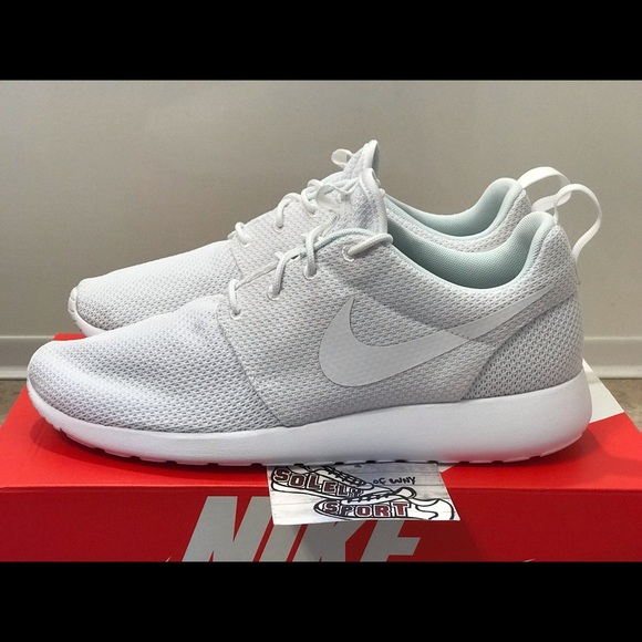 6f3d93ec4c6c NEW Nike Roshe One Running Flyknit Air Max White